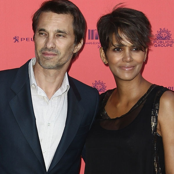 berry dating who word single hard 2012 in is halle return  Halle Berry Hasn39;t Dated In Two Years After Realizing I Can Be Alone Halle Berry39;s History of Rocky Romances - Yahoo. Halle Berry Hasn39;t Dated In Two Years After Realizing I Can Be Alone Halle Berry39;s History of Rocky Romances - Yahoo.