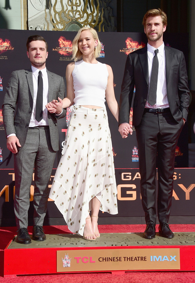 Jennifer Lawrence, Liam Hemsworth, Josh Hutcherson, Hand and Footprint Ceremony