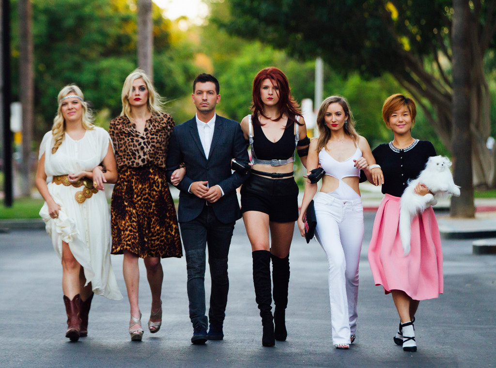 Trick Or Taylor Genius Halloween Costumes For The Whole Squad E Online
