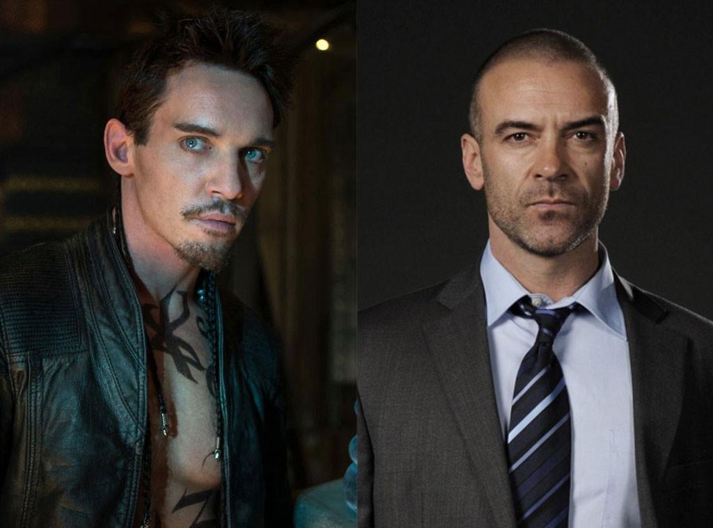 Mortal Instruments vs Shadowhunters, Jonathan Rhys-Myers, Alan Van Sprang