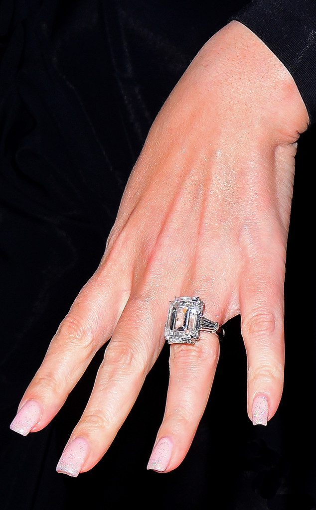 Mariah Carey, Engagement Ring