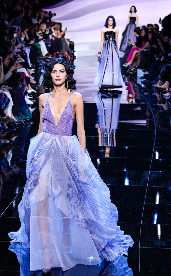 Giorgio Armani Prive from Paris Fashion Week Haute Couture ...