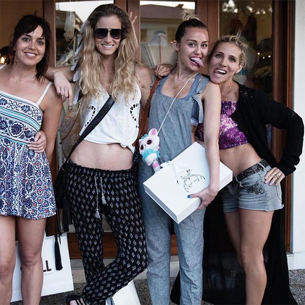 Miley Cyrus, Elsa Pataky