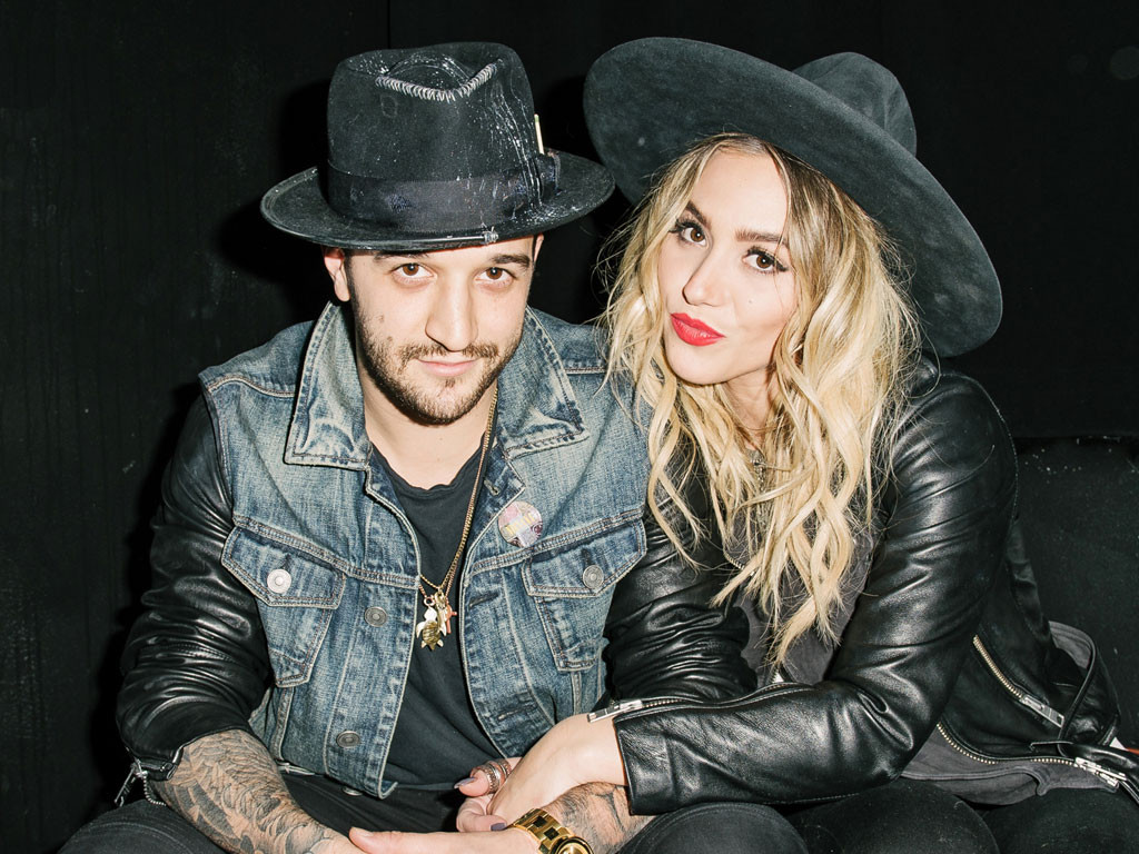 Dancing With The Stars Pro Mark Ballas Marries Singer Bc Jean E News