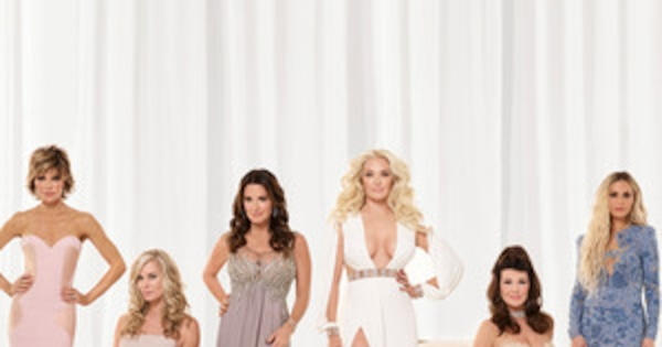 the real housewives of beverly hills season 6 taglines for dating