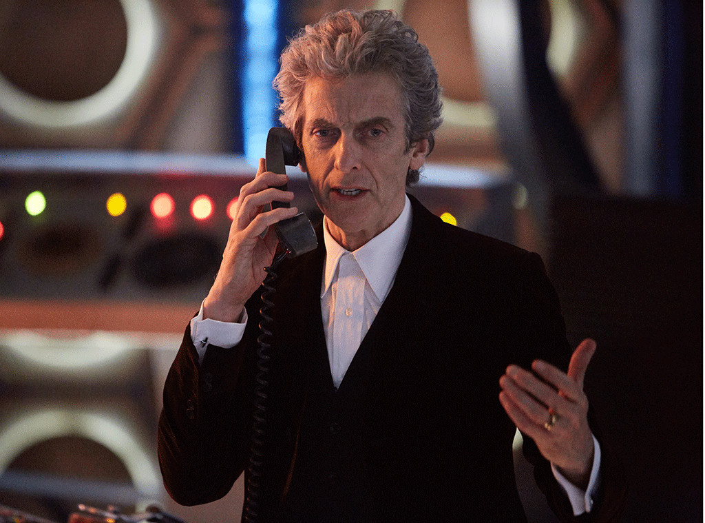 Doctor Who Christmas Special 2016.Doctor Who Teams Up With A Superhero In Christmas Special