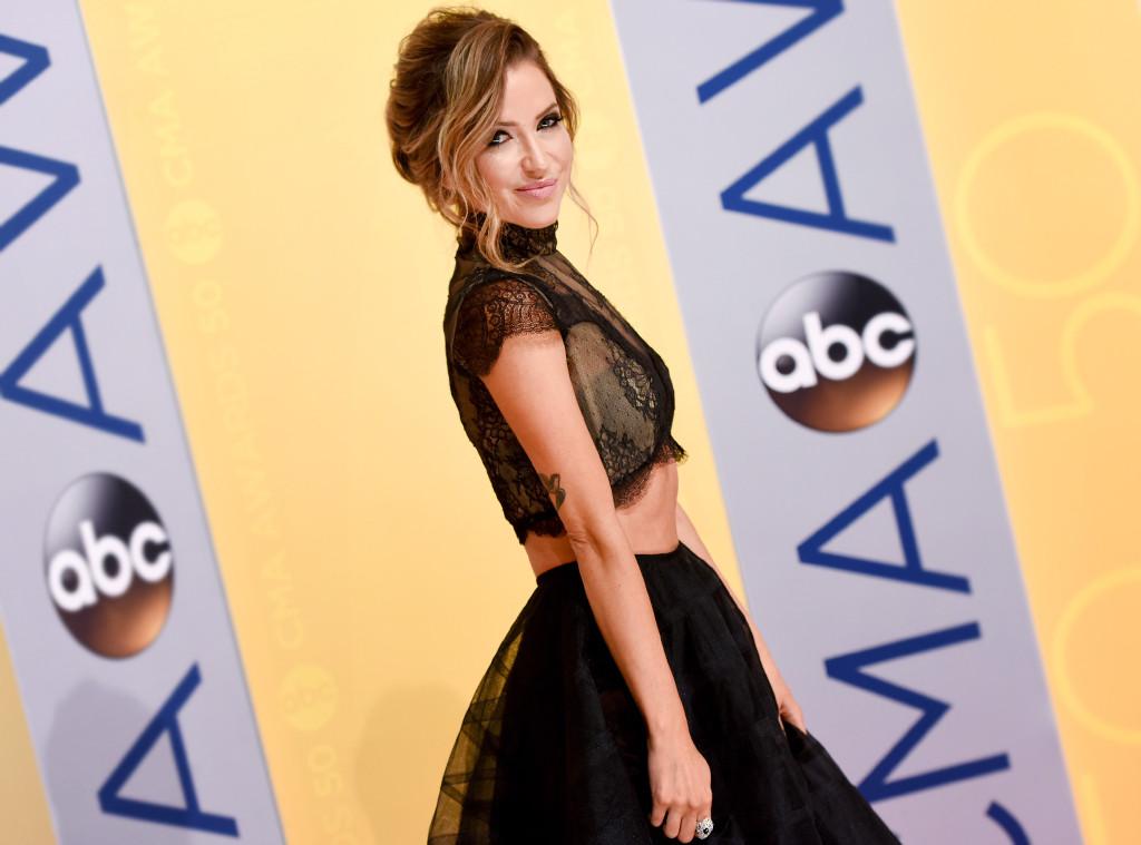 ESC: Kaitlyn Bristowe, CMA Awards, Candids