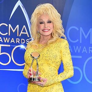Dolly Parton, 2016 CMA Awards