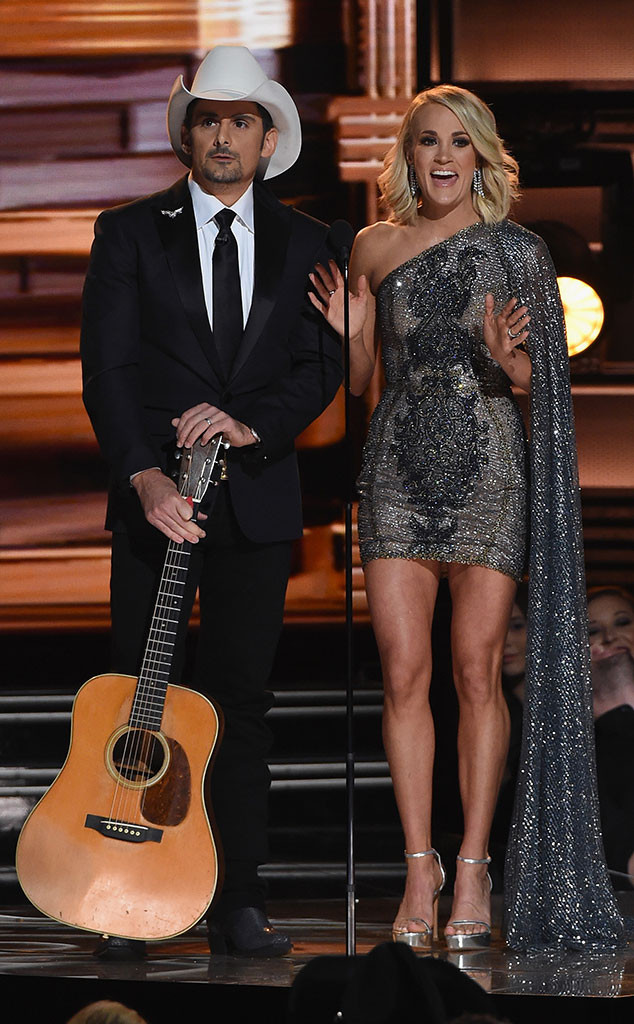 Carrie Underwood, Brad Paisley, 2016 CMA Awards