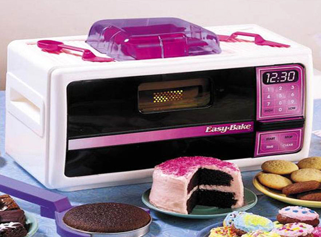 80s Things You Can Still Buy Today, Easy Bake Oven