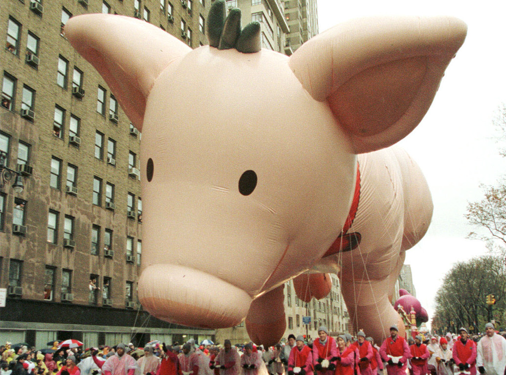 Scariest Macy's Thanksgiving Day Parade Floats, 1998