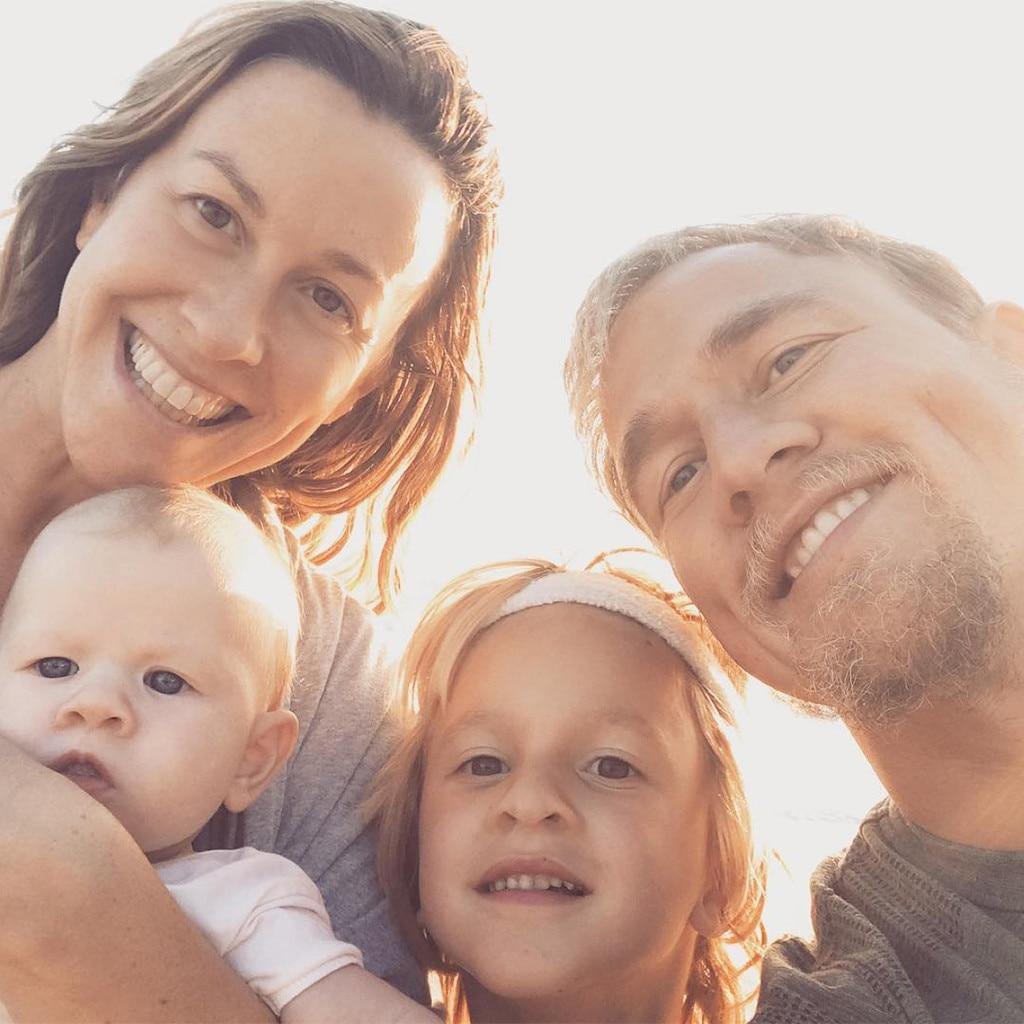 Alanis Morissette, Family, Thanksgiving