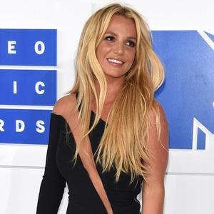 Britney Spears, 2016 MTV VMAs