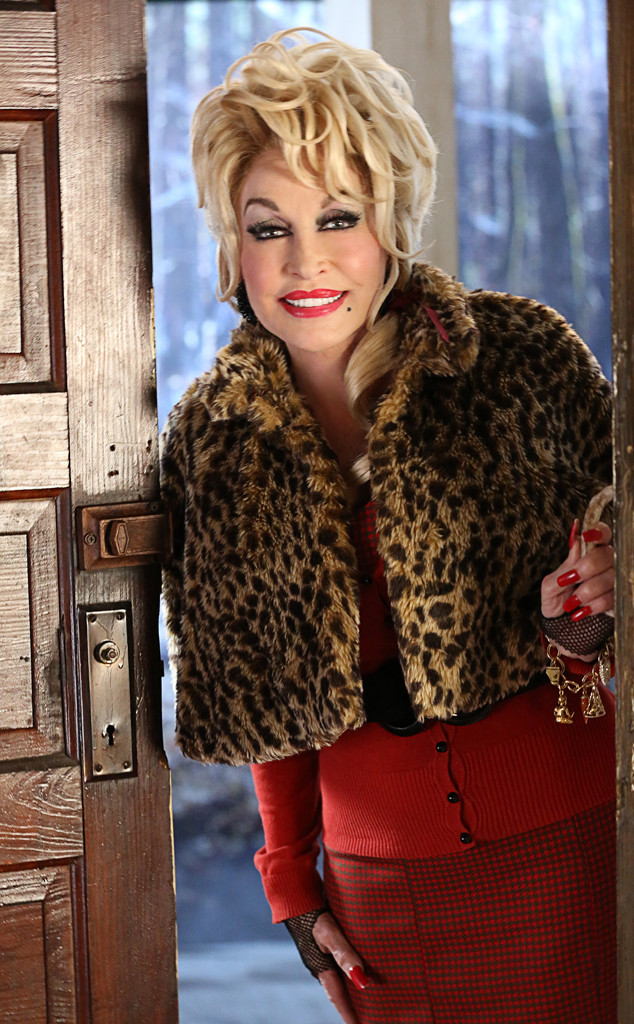 Dolly Parton Christmas.Dolly Parton Comes Full Circle With Painted Lady Role In