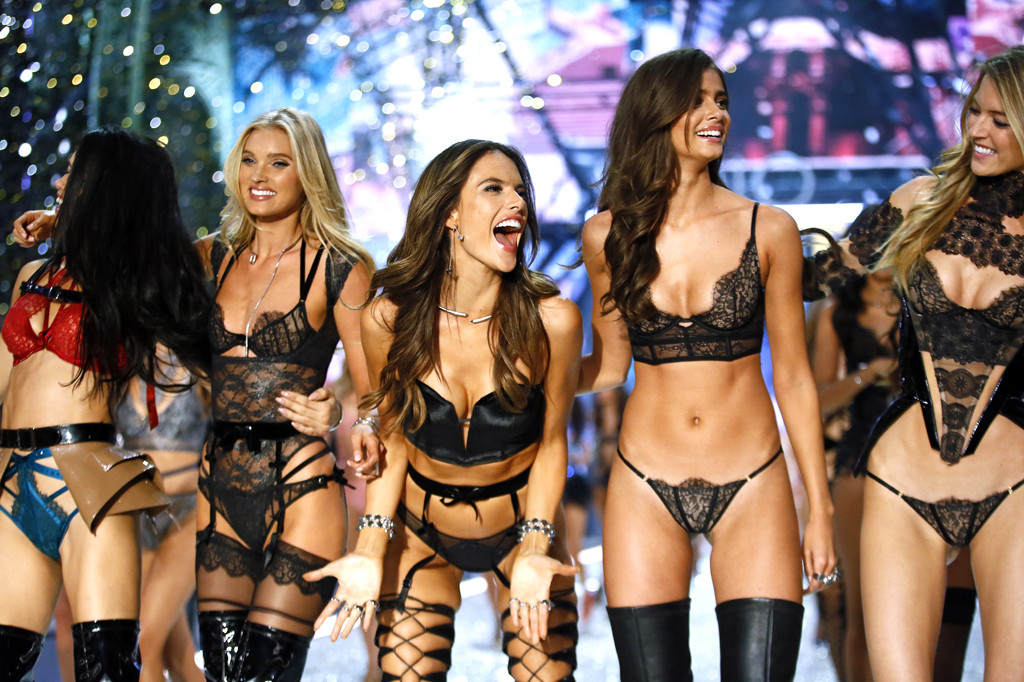 These Are The Lengths Victoria S Secret Fashion Show Models Go To