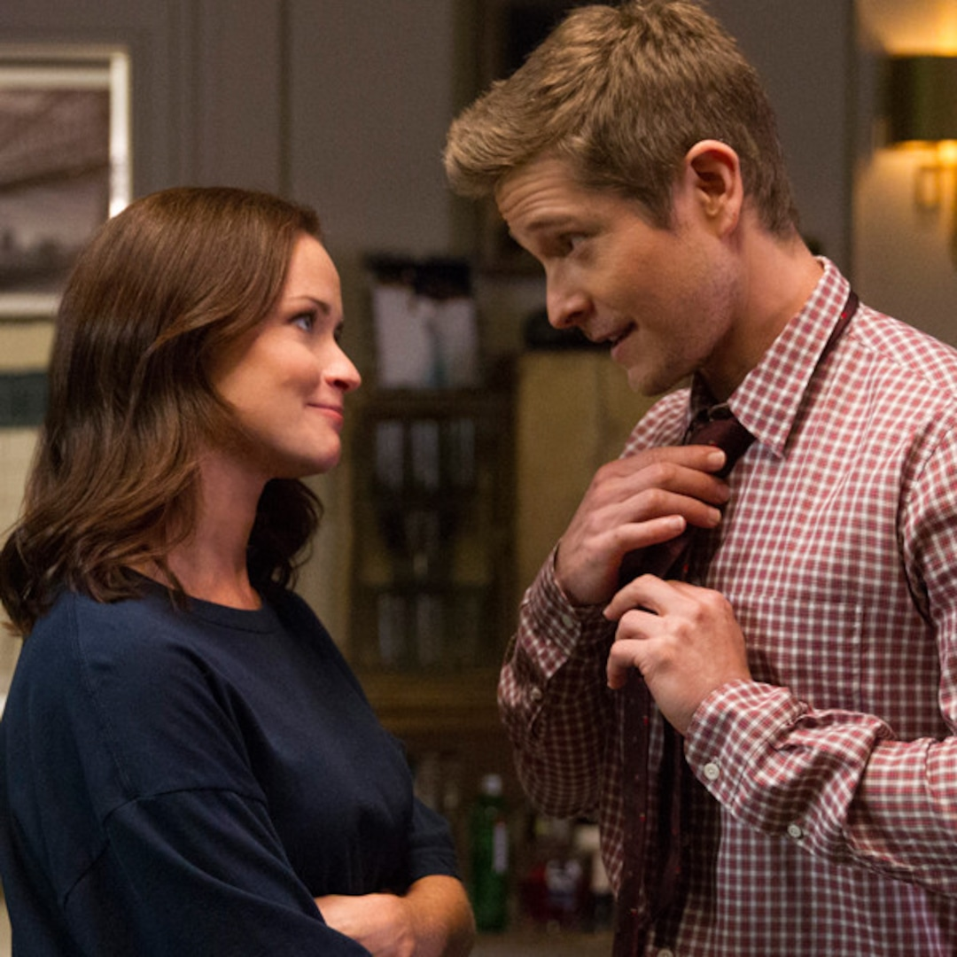 """Gilmore Girls' Matt Czuchry Reveals Why He'll """"Never"""" Spill the Identity of Rory's Baby's Father thumbnail"""