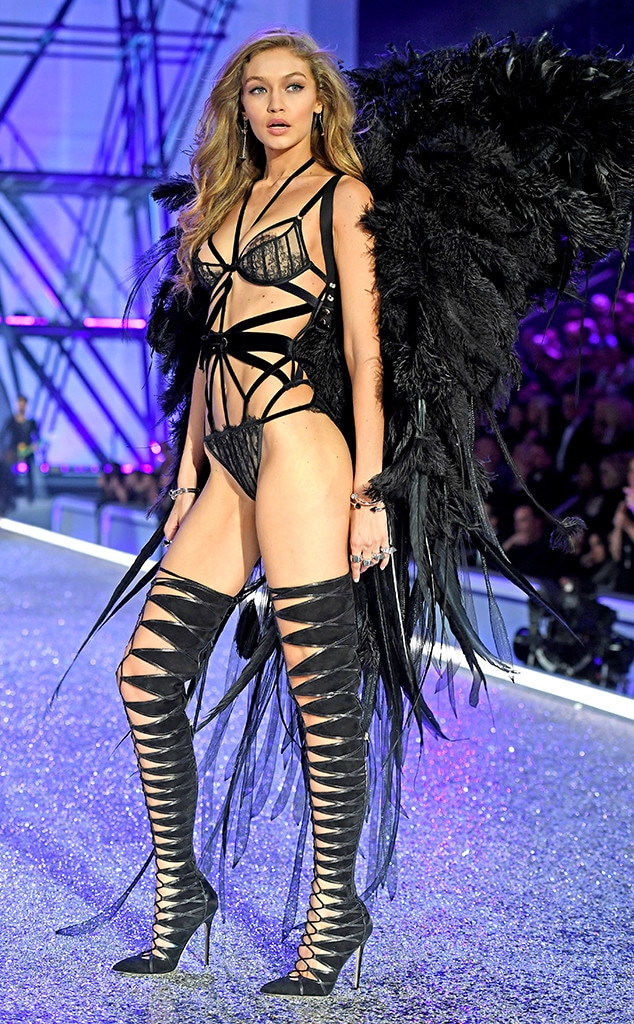 Gigi Hadid, 2016 Victorias Secret Fashion Show