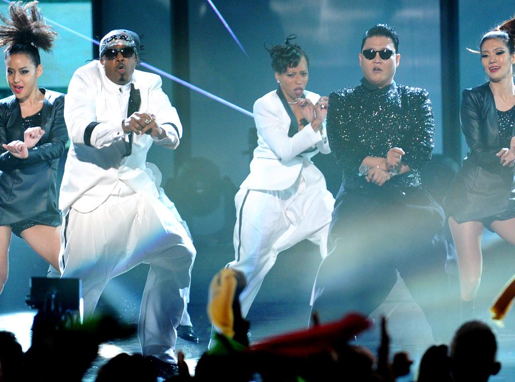 Psy, MC Hammer, AMA Performances