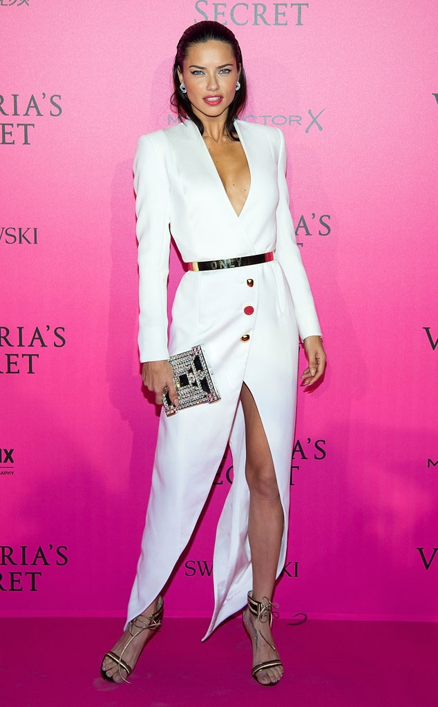 f11b83a245 Izabel Goulart from Victoria s Secret Fashion Show 2016 Pink Carpet  Arrivals