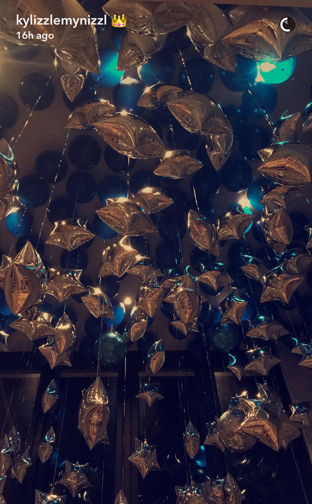 Kylie Jenner, Balloons