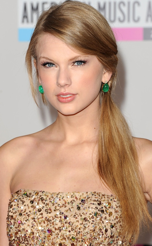 taylor swift hair 2011 from taylor swift s hair evolution e news