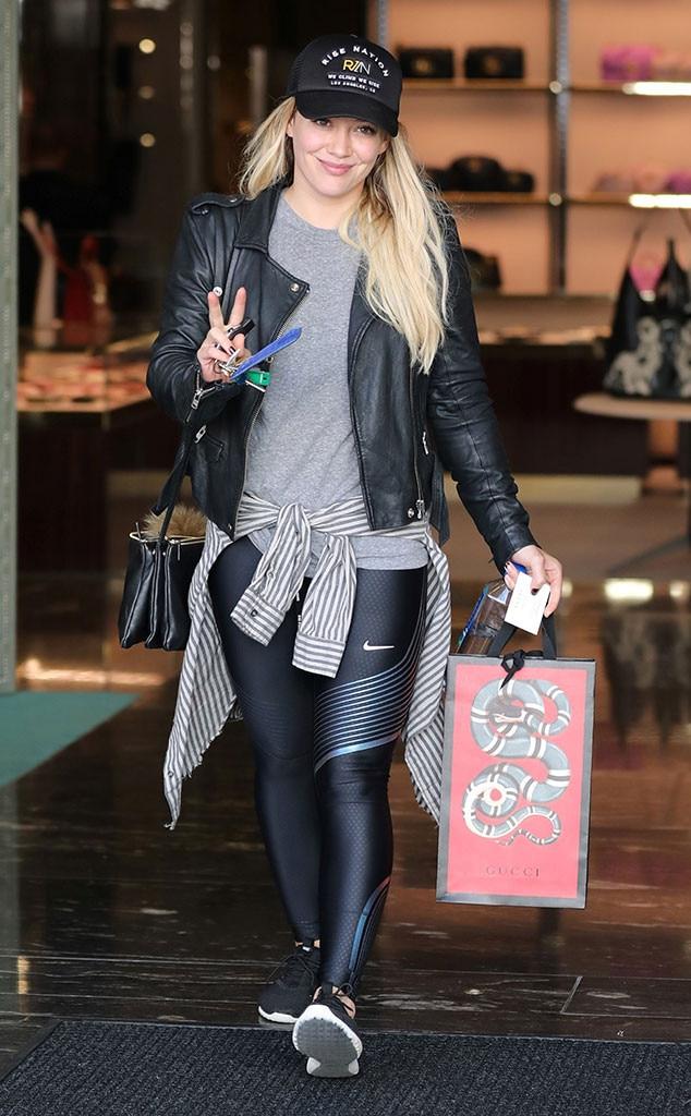 Celebs Holiday Shopping, Hilary Duff