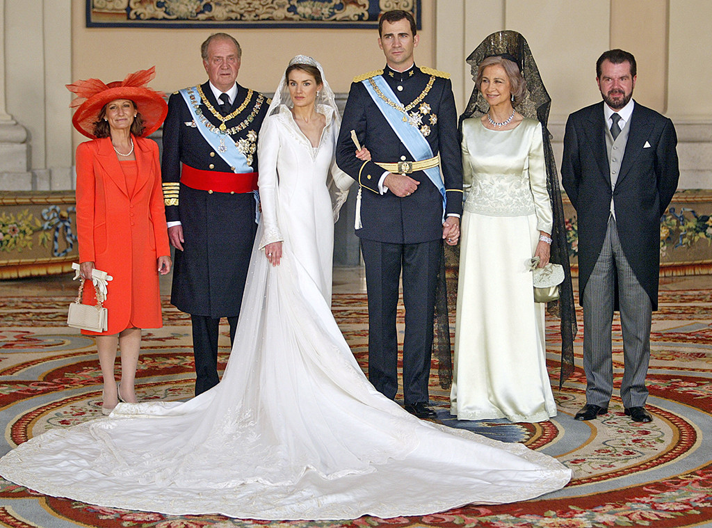 Queen Letizia Ortiz, Wedding