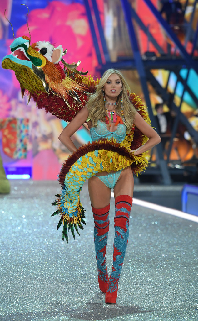 Elsa Hosk, 2016 Victorias Secret Fashion Show