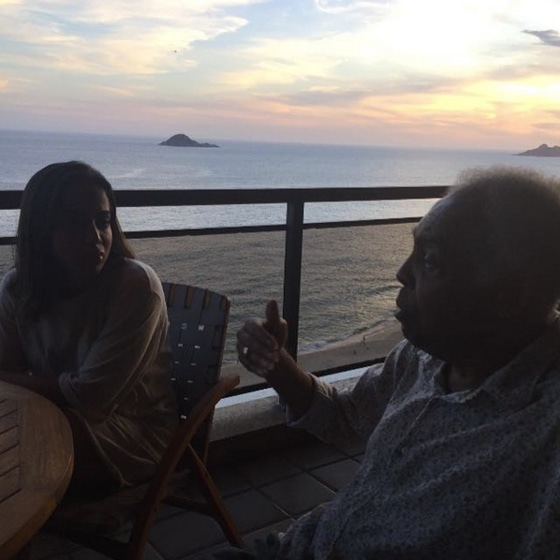 Anitta, Gilberto Gil