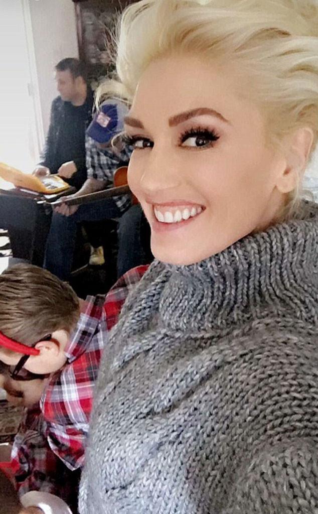 Gwen Stefani Christmas 2020 Gwen Stefani & Blake Shelton Spend Christmas Eve Together   E! Online