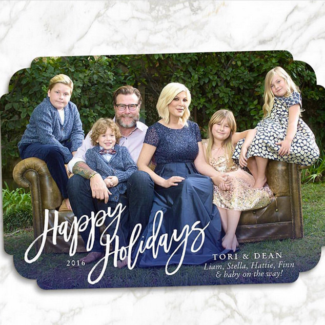 Tori Spelling, Christmas Card