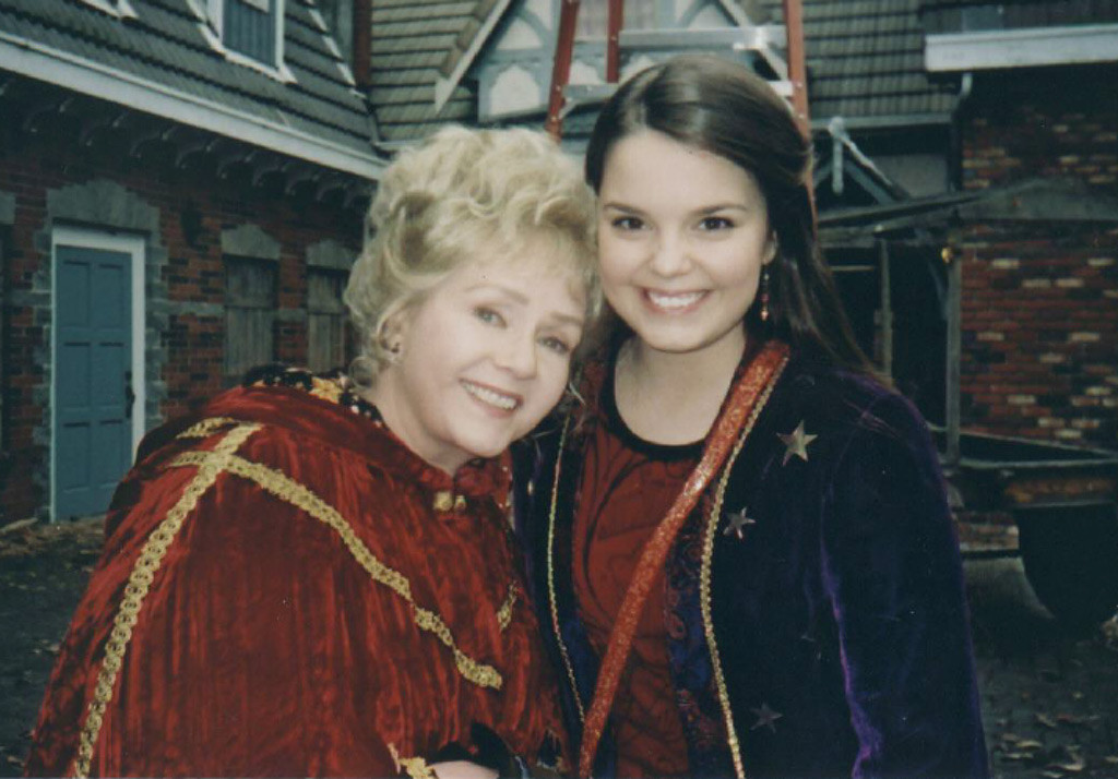 Kimberly J. Brown, Debbie Reynolds, Halloweentown