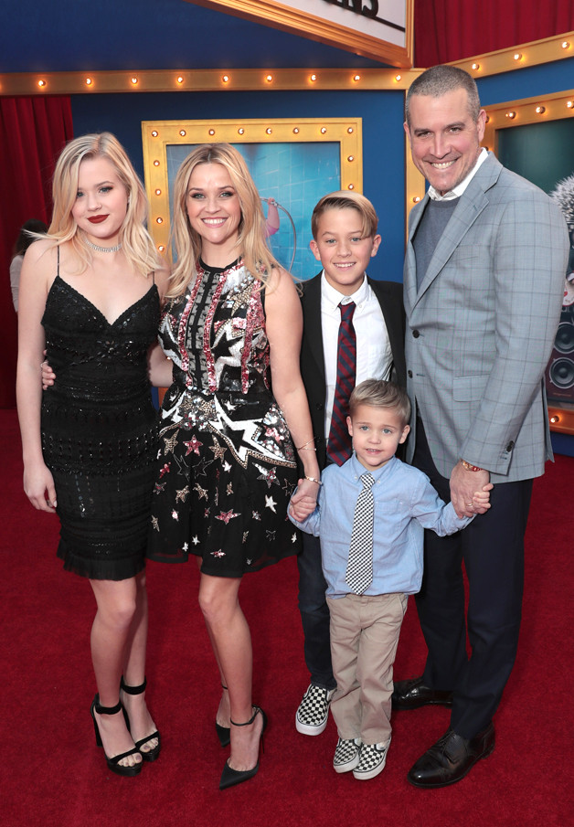 Ava Phillippe, Reese Witherspoon, Deacon Phillippe, Tennessee James Toth, Jim Toth, Sing Premiere