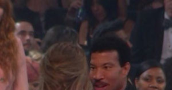 Adele And Lionel Richie Just Brought The Hello Meme To Life At The