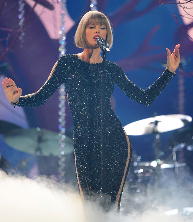 Taylor Swift Lights Up 2016 Grammys With Amazing Opening Performance E Online
