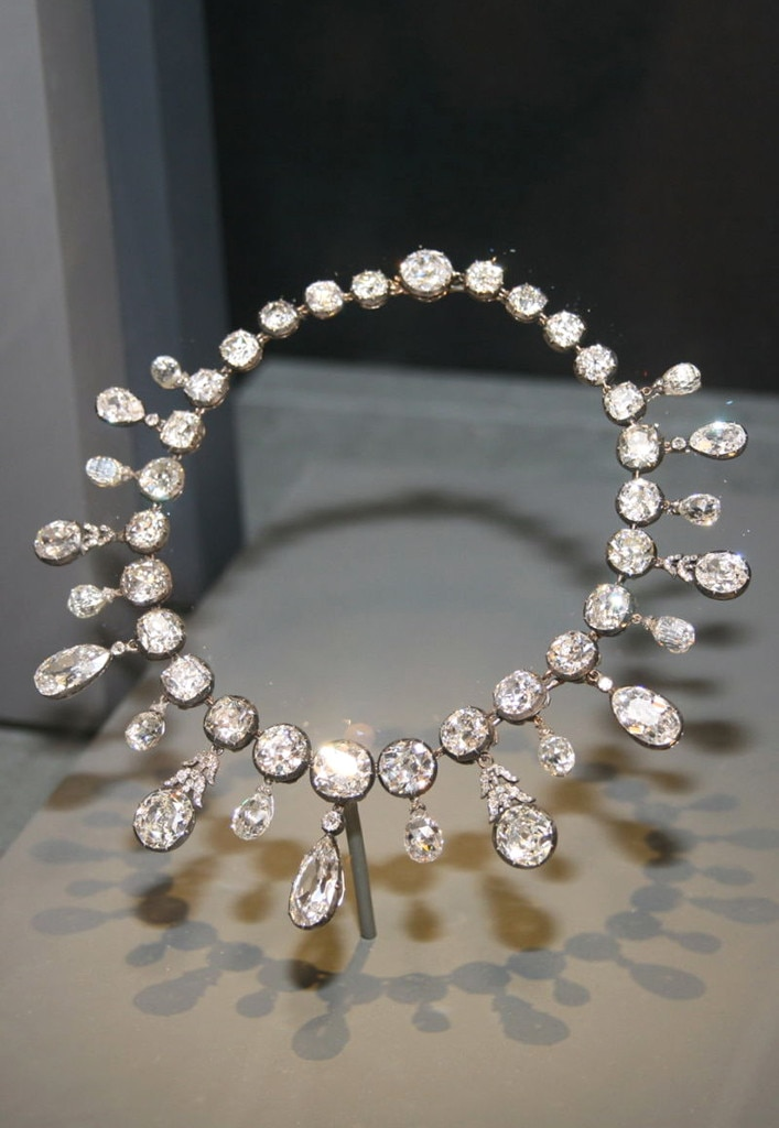 the napoleon diamond necklace from stunning royal jewels