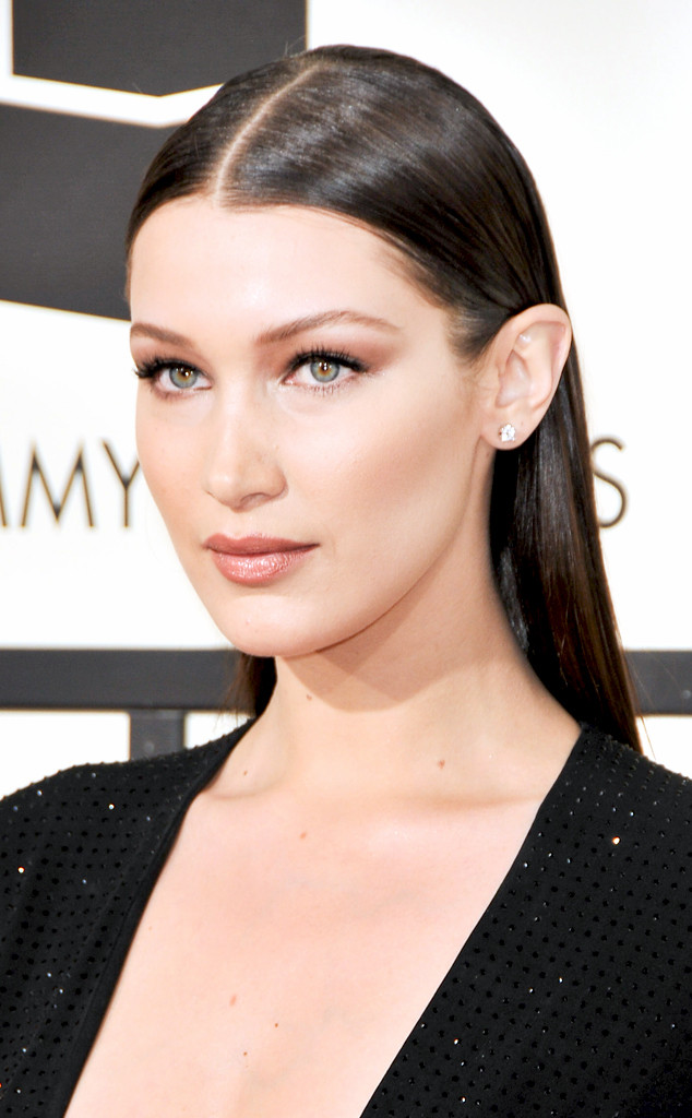Bella Hadids Grammys Makeup Look Took How Many Products E News
