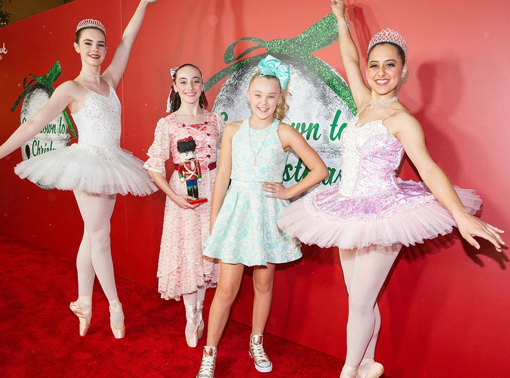 Jojo Siwa From Stars Celebrate Christmas 2016 E News