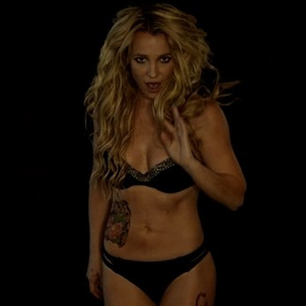 Britney Spears Strips Down to Her Bra and Panties for a ...