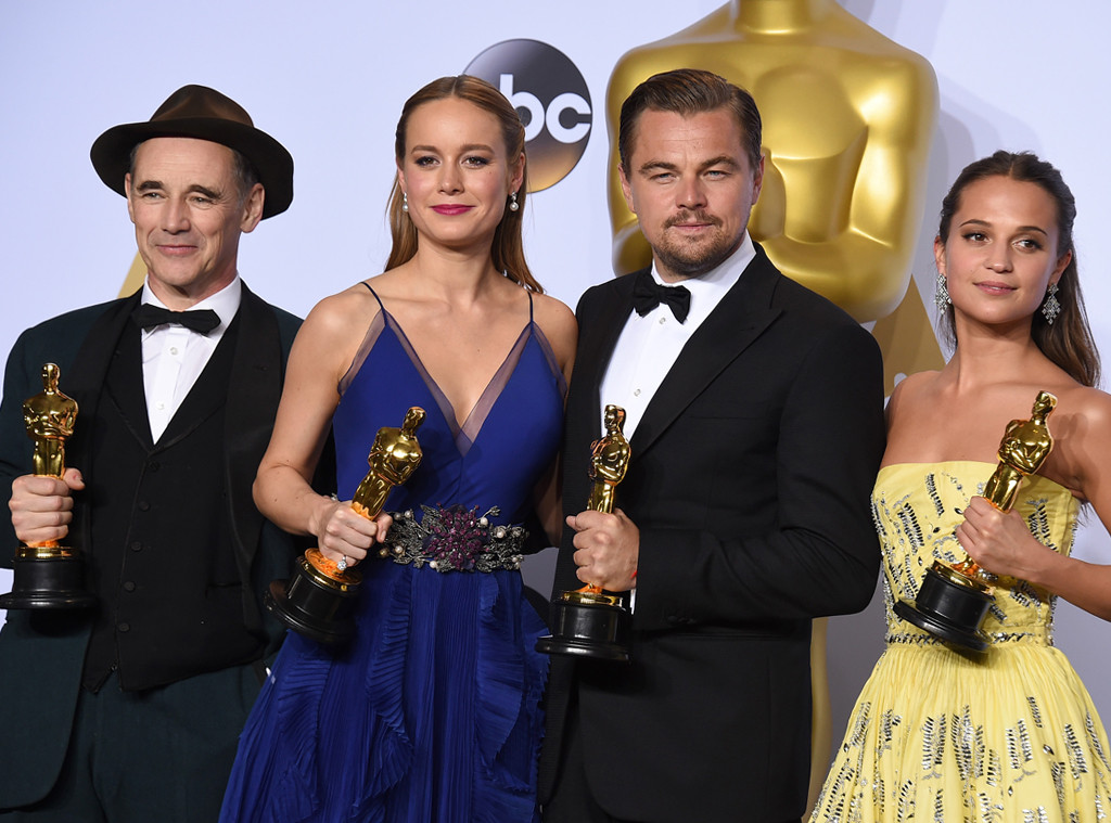 What the 2016 oscar winners did after their victories e news mark rylance brie larson leonardo dicaprio alicia vikander 2016 oscars academy freerunsca Choice Image