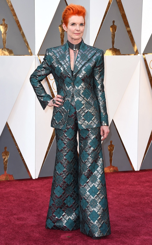 Sandy Powell, 2016 Oscars, Academy Awards, Arrivals