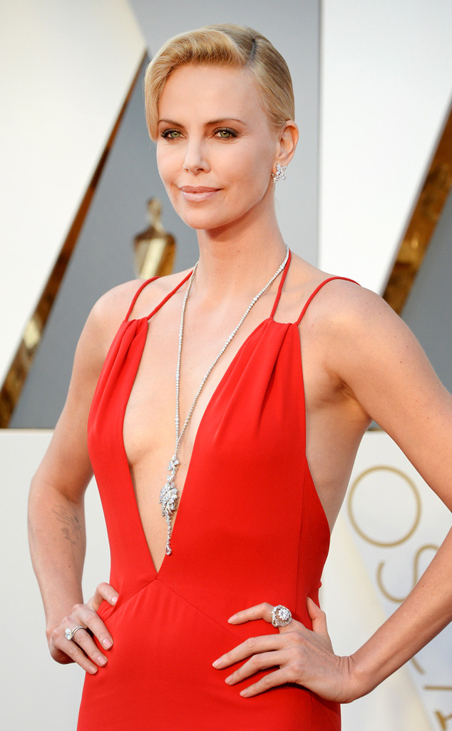 Charlize Theron, 2016 Oscars, Academy Awards, Accessories