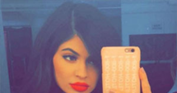 See Kylie Jenners Sexiest Selfies  Nearly Naked Instagram Pics  E News-1990
