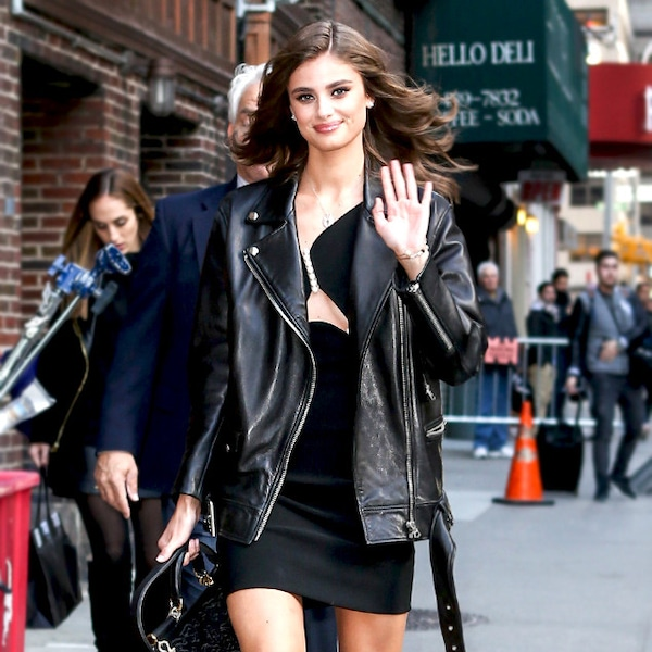 Taylor Hill From Sexy Dresses For Valentines Day  E News-2013