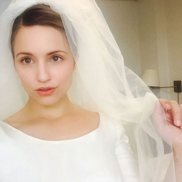 Dianna Agron Is A Blushing Bride On Set Of Novitiate E News