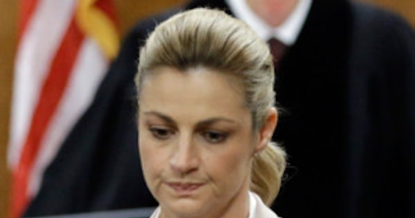 Erin Andrews Awarded 55 Million In Peeping Tom Case  E News-6355