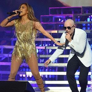 Jennifer Lopez, Pitbull
