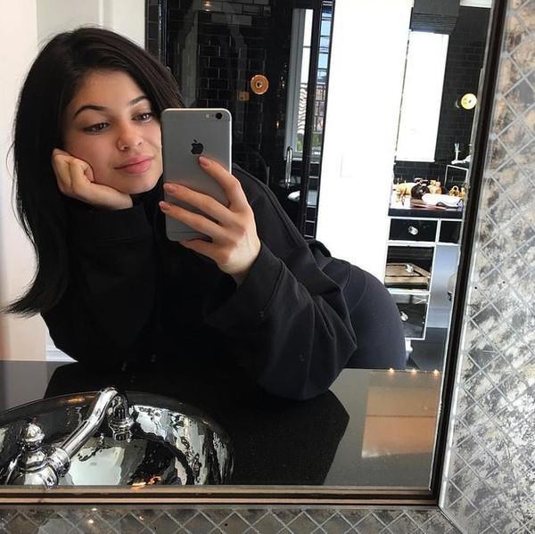 Kylie Jenner, selfies