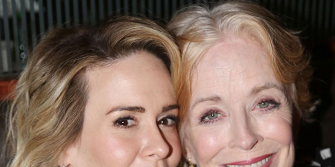 Inside Sarah Paulson and Holland Taylor's Private Romance - E! Online.jpg