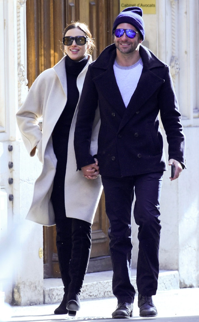 Ah, L'Amour -  The two were all smiles during their romantic stroll in Paris' Champs-Élysée.